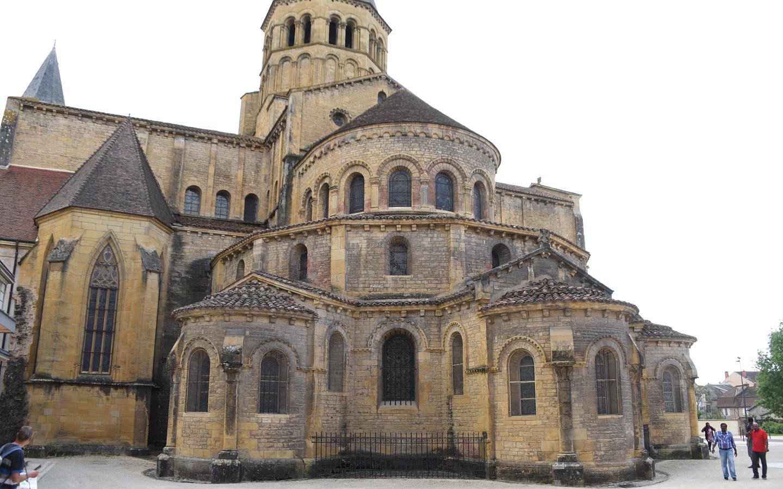 Ostfasade der Sacré-Cœur in Paray-le-Monial