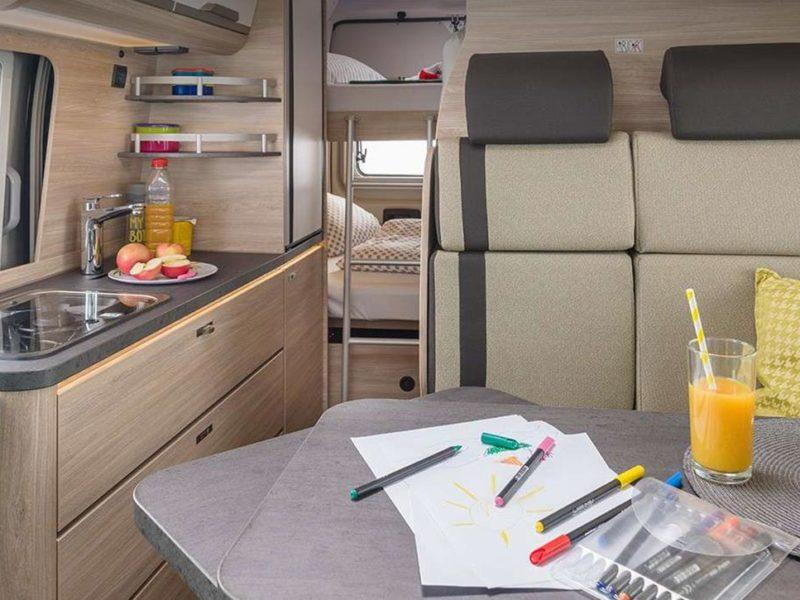 Kompaktes Reisemobil für Familien: CUV von KNAUS ab 4 Schlafplätzen